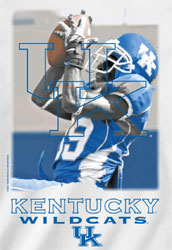 Kentucky Wildcats Football T-Shirts - The Play - Player Making Catch